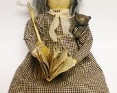 Spellbook Witch Doll, Primitive Witch Dolls, Halloween Witch Dolls
