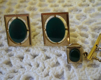 Vintage Swank Cuff Links and Tie Tack, Jade Green Cuff Link Set, Formal Jewelry, Men's Tie Pin and Cuff Links, Gold tone Metal Cuff Link Set