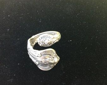 El grande towles sterling spoon ring