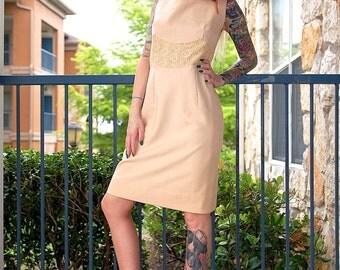 60's Mod GORGEOUS Handmade Wool Crochet Lace Dress // Women's size Medium M