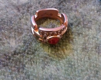 18 Gold Electroplated CZ Lucite Ring   Size 4 1/2