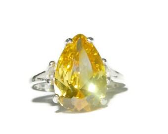 Sparkling Sunshine Yellow Topaz Ring, Big Stone, Cocktail Ring