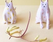 Cat ornaments -- tiny ceramic kittens -- ornamental kitty cat trinkets -- white patterned cats -- made to order