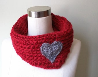 Heart Scarf . Valentines Gift . Scarf with Hearts . Red Cowl . Red Infinity Scarf . Crochet Scarf . Love Scarf . Valentine Scarf