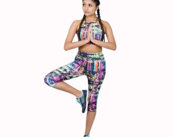 Capri Length Workout Leggings in Digital Print City Nightlife Poly Spandex