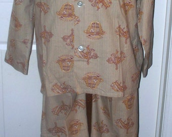 1950 Men's Pajamas - Beige - Knights Coats of Arms - Set - Perth Ltd - C-Large