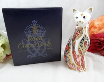 """Royal Crown Derby English Bone China """"Siamese Cat"""" First Quality Paperweight Figurine with Original Box"""