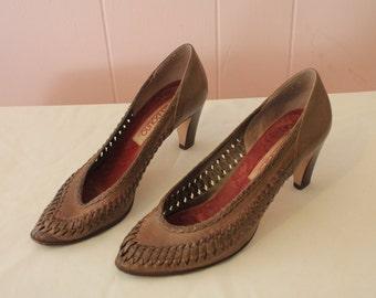 SALE! Vintage 70's Bandolino Italian leather Women's heels, Size 7