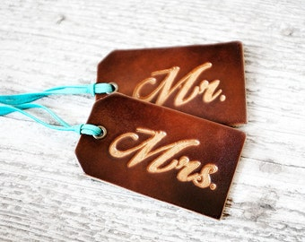 Mr and Mrs Luggage Tag SET OF TWO, Couples Gift, 3rd Wedding Anniversary Leather Luggage Tags, His and Hers Matching Wedding Favors