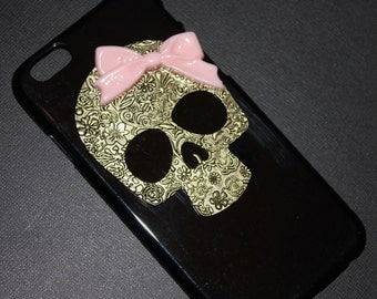 iPhone 6 or 6+ Black Skull Pink Bow Case