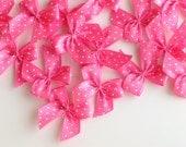 20 Hot Pink Polka Dot Bows (30mm) - Satin ribbon bows - Perfect for baby shower, card making & Scrapbooking