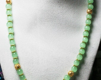GORGEOUS Green Aventurine Beaded Necklace,   Beaded Necklace, Natural Gemstone Necklace, Women's Jewelry,