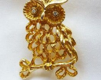 Vintage Owl Brooch Pin Gold Tone Costume Jewelry