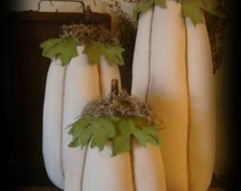Primitive Tall Skinny Pumpkin Trio Set  3 Sizes