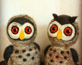 Needle felted wool OWLS doll - Waldorf animal - Natural and ecofriendly
