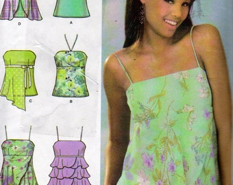 Simplicity 4587, 6 Made Easy Halter Tops, Tiered Ruffles Halter, Hi Low Overlay Halter Top, V Neck Tie Top, Misses  Sizes 4,6,8 and 10 Uncut