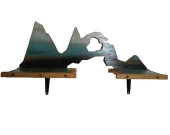 Blue Mountain Shelf