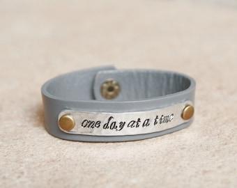 alcohol recovery bracelet