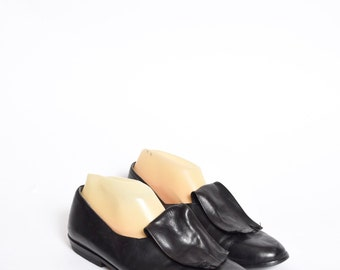 Vintage Black Leather Loafers