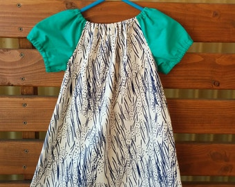 Girls Peasant Style Dress. Size 2. Meadow Hyacinths.