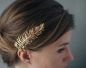 Sword Fern Hair Comb- Botanical Hair Accessory in Polished Brass, Bronze, or Silver