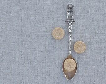 vintage souvenir spoon, Innsbruck Austria souvenir sugar spoon, silverplated spoon, tea spoon, Austrian architecture, made in Austria