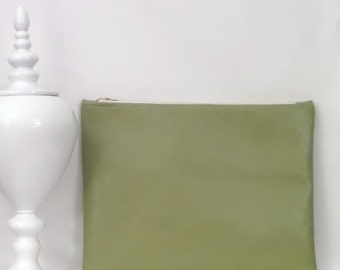 Large Clutch / Oversized Clutch Bag / Fold over Clutch Bag /  Clutch Bag / Clutch Purse  / Handbag / Purse/ Green Faux Leather