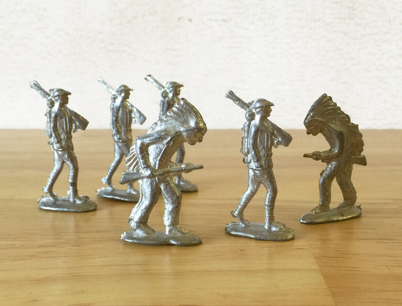Cast Metal Soldiers Lot Of Six Infantry Soldier 2 Indian