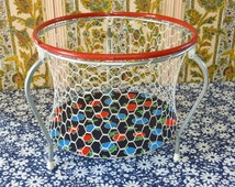 Round folding doll playpen with pop apple decor - kids bedroom toy storage - French 70s vintage