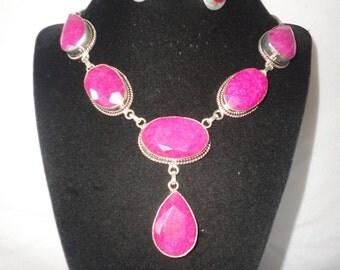 Elegant Faceted Rubies Silver Necklace Set*******.
