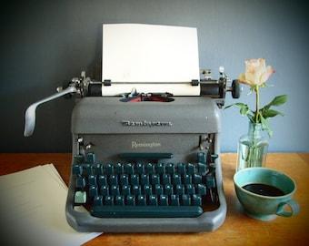 Remington typewriter/vintage typewriter/writing supply/typewriter/home decor/office supply/retro typewriter/industrial decor/Remington Rand