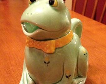 Fun Green Otagiri, Japan Frog Creamer