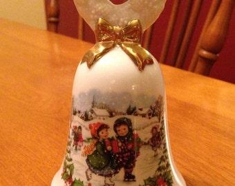 Sweet Avon 1986 Winter Scene Christmas Bell