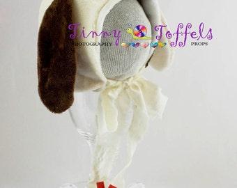 SALE Puppy dog bonnet, newborn & sitter photography prop, UK seller, accessoir photo, chapeau chien, white and brown dog bonnet, baby prop