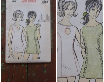 Vintage pattern, 1960's Sewing Pattern, Tennis dress, Weldons 8563, 60's mini tennis dress with keyhole neckline, Bust 36