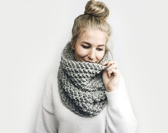 Cowl Infinity Scarf, Chunky Knit ⨯ The Delmas ⨯ in GRAY