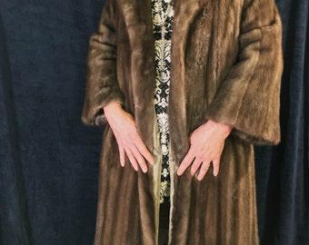Vintage John Tauben EMBA 1970's Natural Brown Mink Coat