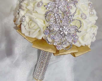 Made to Order Real Touch Roses Bridal Brooch Bouquet,  Pearl Wedding Flowers,Bridesmaid's bouquet,