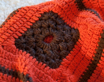 Red Burnt Orange / Chocolate Brown Knit Blanket / 30 inch / Lap Chair Blanket /  Square Crochet Blanket / Knit