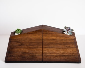 WOOD PLANTER BOOKENDS