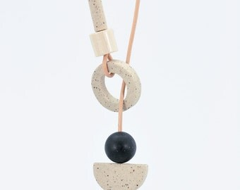 STUDY n.3 // Speckled stoneware necklace