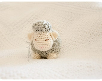 Sleepy Lamb Amigurumi | Made to Order