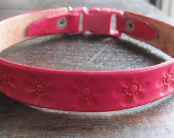 Breakaway Leather Cat Collar with Flower Stamps - Cat Collar - Break-Away Collar - Safety Break Away Cat Collar