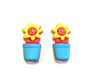 Flower Pot Buttons Blumenthal Lansing Buttons Wutton Garden Set of 2 Shank Back - 148