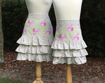 Shabby Chic Mother-Daughter Shabby Floral Ruffled Half Apron Set