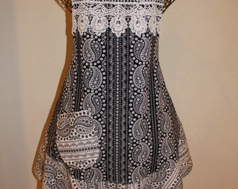 Woman's Large Apron - Black and White with Lace Trim
