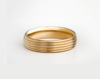Mens Wide Wedding Band, Unique Wedding Ring 18k, Men's Textured Wedding Ring, Unique Band, 18k Yellow Gold Ring 14k Men Jewelry