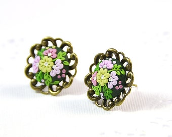 Floral stud earrings applique - Polymer clay jewelry - Romantic Jewelry - Floral Jewelry - Green earrings Applique