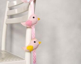 Birds wall hanging. Pink birds ornaments. Nursery garland. Nursery decor. Pink birds mobile.