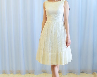 La Rita - 1950's white lace knee length dress